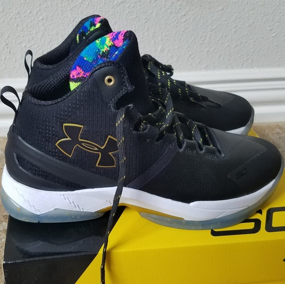 Under Armour Kids Stephen Curry Shoes Size 7 b6404ab824